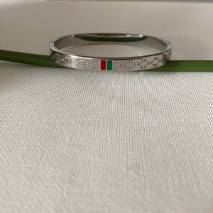 Gucci bracelet stainless steel 18k gold plated